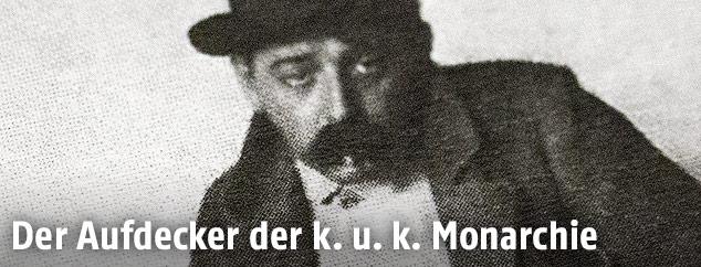 """Max Winter, verkleidet als Obdachloser, im Zuge seiner Reportage für die Arbeiter-Zeitung über """"Strotter"""" im Jahre 1902"""