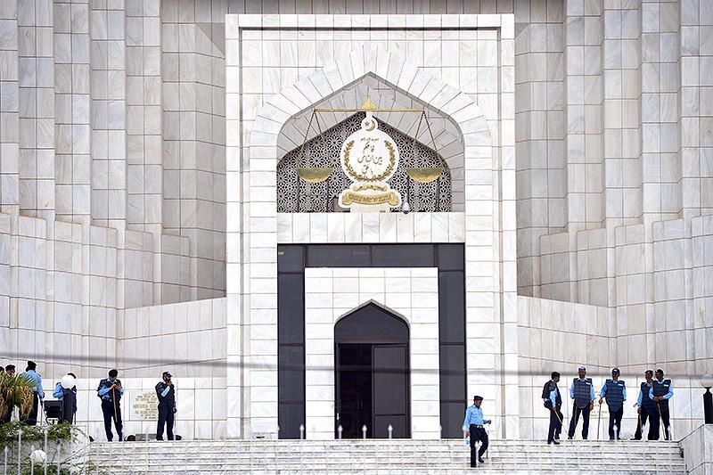 Pakistans Ministerpräsident Sharif des Amtes enthoben