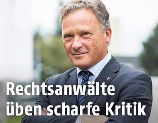 Rupert Wolff