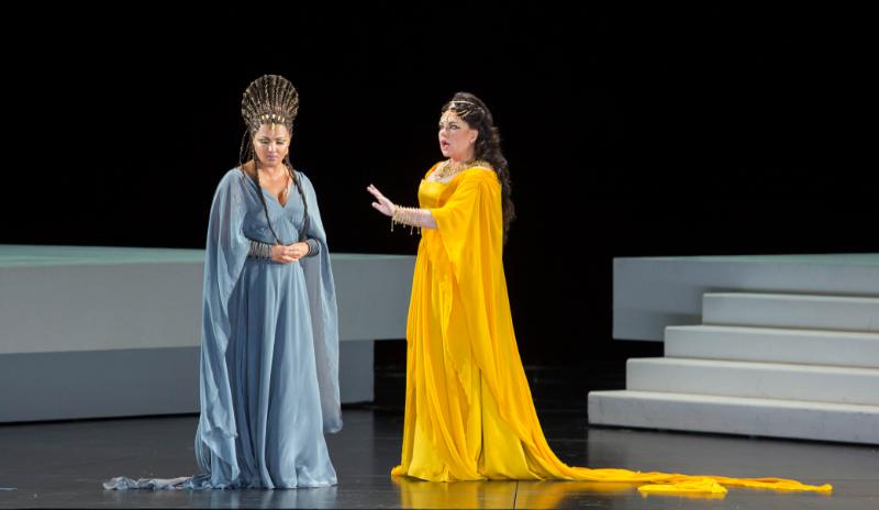 Aida 2017: Anna Netrebko (Aida), Ekaterina Semenchuk (Amneris)