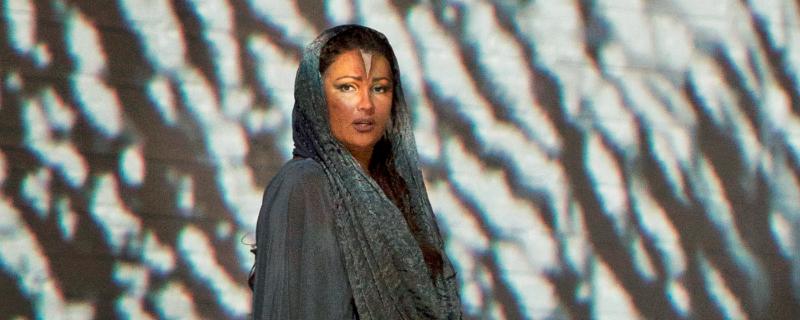 Anna Netrebko als Aida