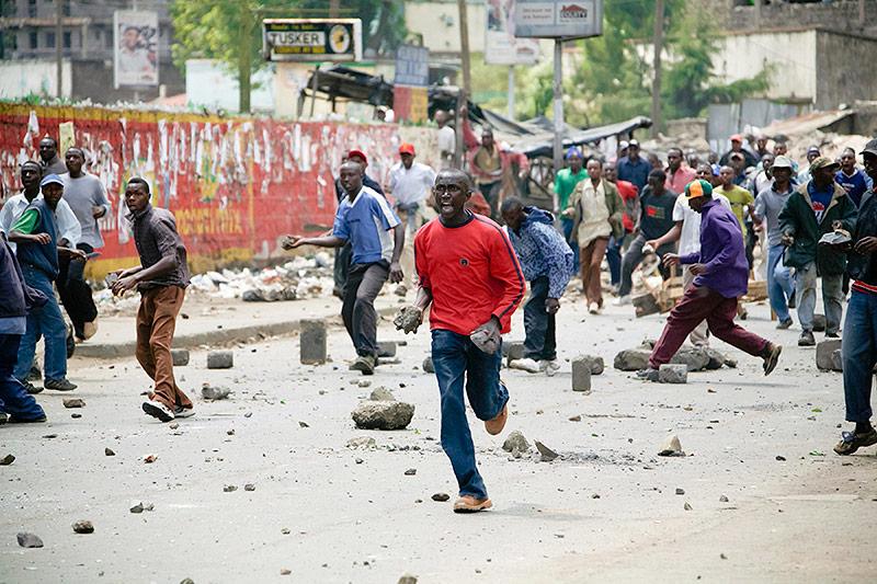 Gewalttätige Proteste in Nairobi nach der Wahl in Kenia 2007