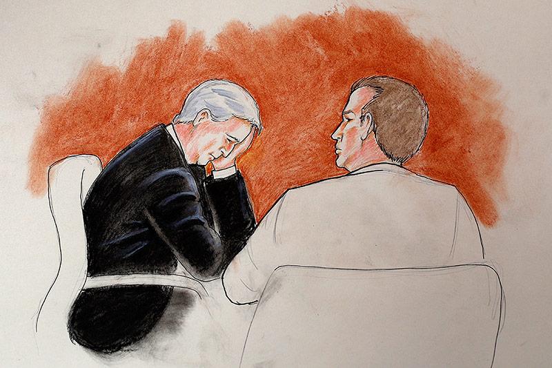 Der Angeklagte David Mueller und sein Anwalt