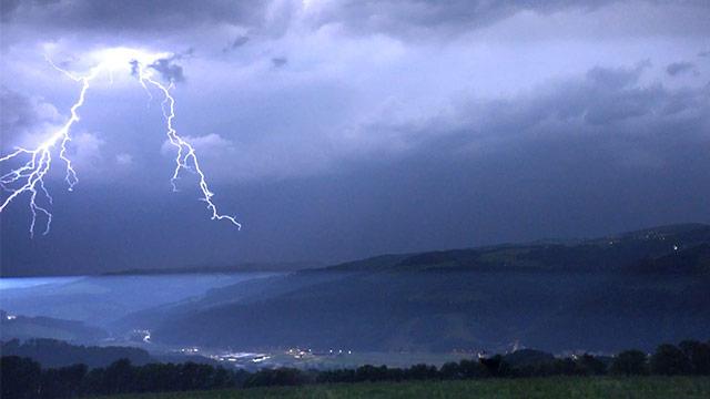 Mehr als 9.000 Blitze in Unwetternacht
