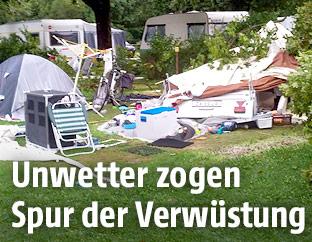 Verwüsteter Campingplatz