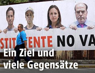 Ein Banner in Caracas