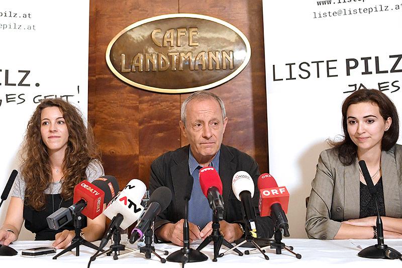 Peter Pilz mit seinen Kandidatinnen