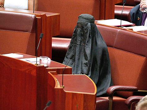 Politikerin in Burka