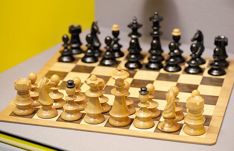 Schachspiel von Karl Renner