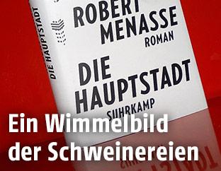 """Foto von Robert Menasses Buch """"Die Hauptstadt"""""""