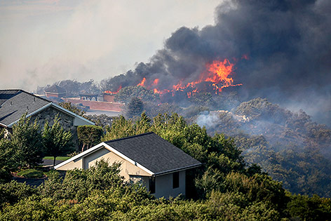 Brand in einer Nachbarschaft in Utah