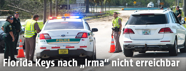 Polizeiauto vor den Florida Keys