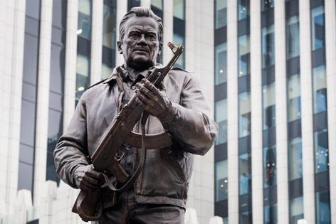 Kalashnikov Denkmal in Moskau
