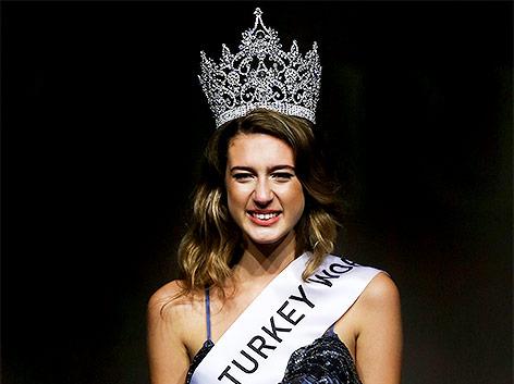 Miss türkei Itir Esen