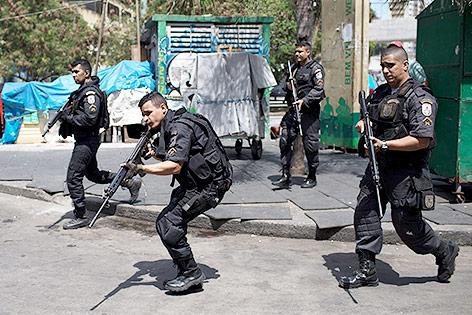 Brasilianisches Militär in Rocinha