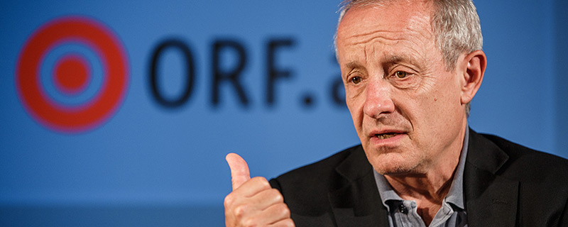 Peter Pilz auf der ORF.at Wahlcouch
