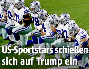 Dallas Cowboys bei der Hymne