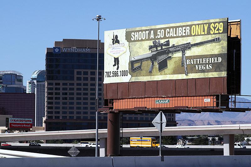 Werbetafel für Schusswaffen in Las Vegas