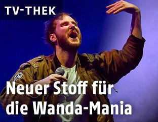 Sänger Michael Marco Fitzthum der Pop-Band Wanda