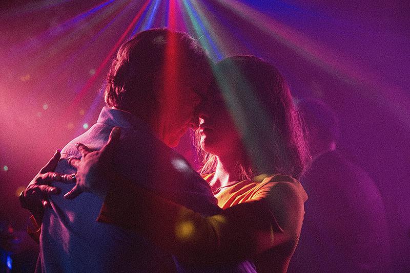 "Daniela Vega als Marina und Francisco Reyes als Orlando. Szenenbild aus ""Eine fantastische Frau"""