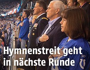 US-Vizepräsident Mike Pence im Stadion