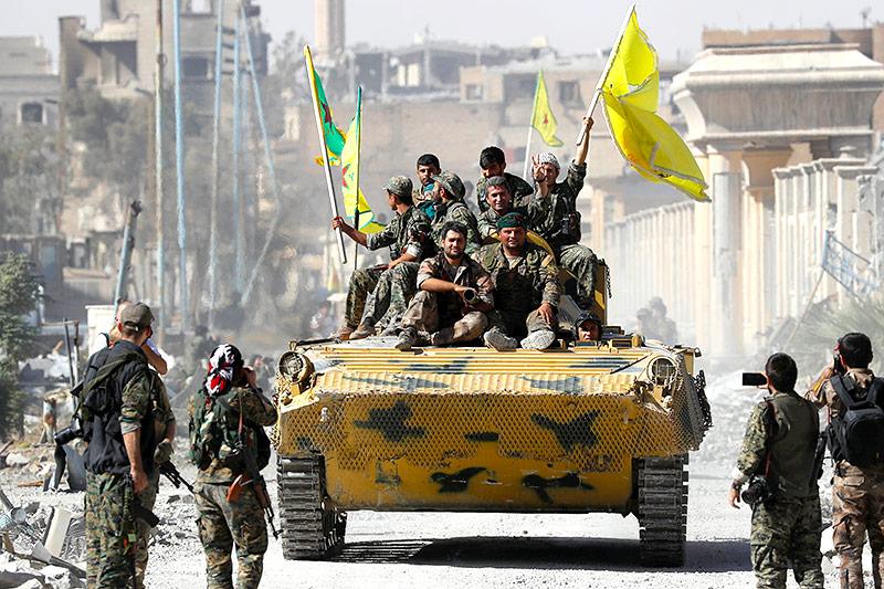 Syrische Soldaten in Rakka