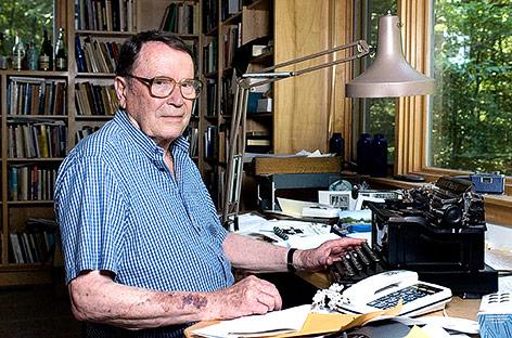 US-Dichter, zweifacher Pulitzer-Preisträger und ehemaliger Laureat Richard Wilbur