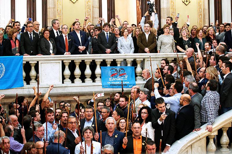 Zeremonie im katalanischen Parlament