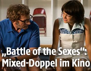 Steve Carell (Bobby Riggs) und Emma Stone (Billie Jean King)