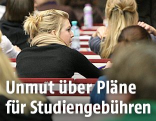Studentin in einer Vorlesung