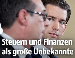 FPÖ-Bundesparteiobmann Heinz-Christian Strache und ÖVP-Bundesparteiobmann Sebastian Kurz
