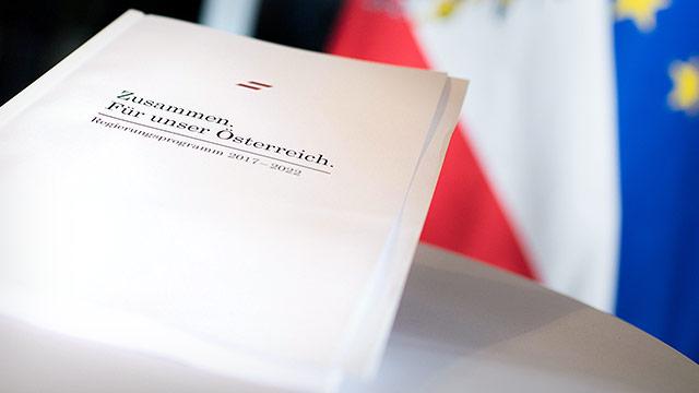 Bild des Regierungsprogramms bei seiner Präsentation