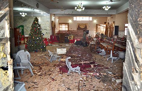 Zerstörter Innenraum der Kirche