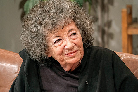 Elizabeth Spira