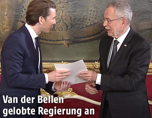Bundespräsident Van der Bellen und Bundeskanzler Sebastian Kurz bei der Angelobung