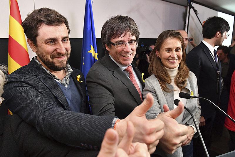 Carles Puigdemont, Antoni Comin