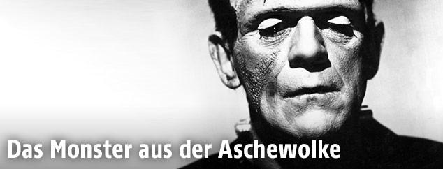 Der bristische Schauspieler Boris Karloff als Frankenstein