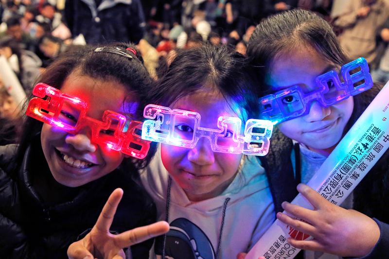 Feiernde in Hong Kong