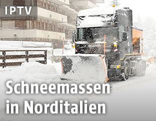 Schneeräumungsfahrzeug