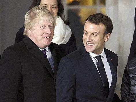 Der britische Außenminister Boris Johnson gemeinsam mit dem französischen Präsidenten Emmanuel Macron