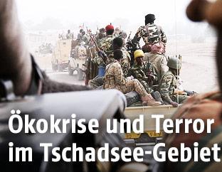 Soldaten am Tschadsee