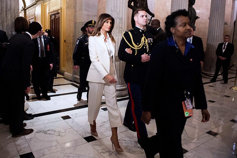 US-First-Lady Melania Trumpl verlässt alleine das Capitol nach der Rede ihres Mannes