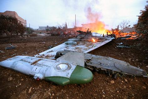 Teile der russischen Suchoi Su-25