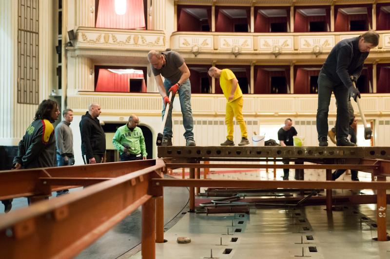Vorbereitungsarbeiten zum Opernball 2018