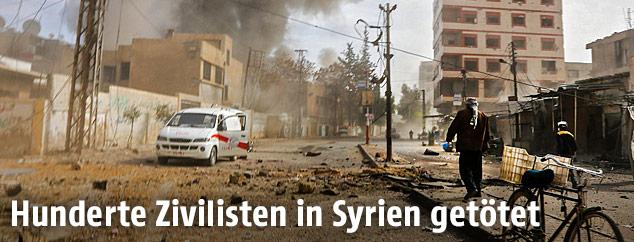 Rauchfahne nach Bombenabwurf über Ostghuta