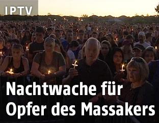 Nachtwache für die Opfer des Schulmassakers