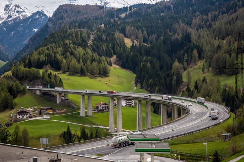 Blick auf die A22 Brennerautobahn