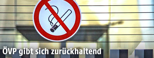 """Schild """"Rauchen verboten"""""""