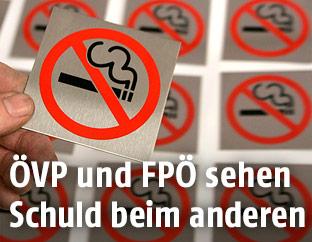 """""""Rauchen verboten""""-Aufkleber"""