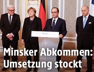 Frank-Walter Steinmeier, Angela Merkel, Francois Hollande und Foreign Minister Laurent Fabius